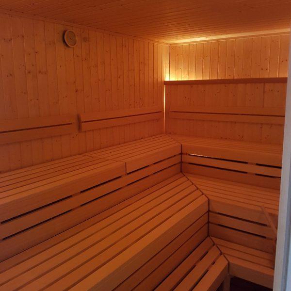 Mehr Platz in der Sauna